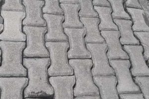 Double tee paving bricks